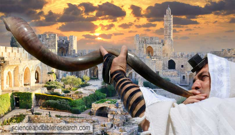 Tower of David, the courtyard of the Museum of Jerusalem (Photo by Yosef Er). Jewish man blows Shofar on the Jewish High Holidays of Rosh Hashanah and Yom Kippur (Photo by lucidwaters)